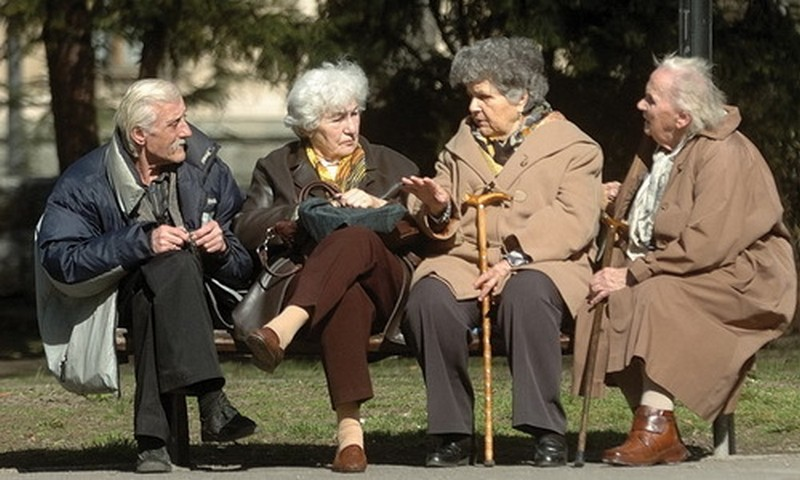 Ministar zadužen za regionalni razvoj Milan Krkobabić poručio je da penzioneri u skorije vreme mogu da očekuju povećanje penzija