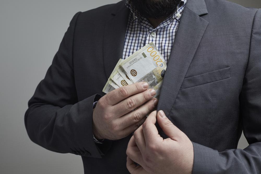 OŠTETILI BUDŽET SRBIJE ZA VIŠE OD 1,2 MILIONA EVRA