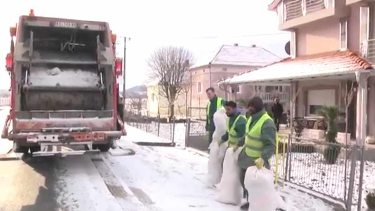 "U JKP ""KRUŠEVAC"" STIŽU NOVA VOZILA /video"