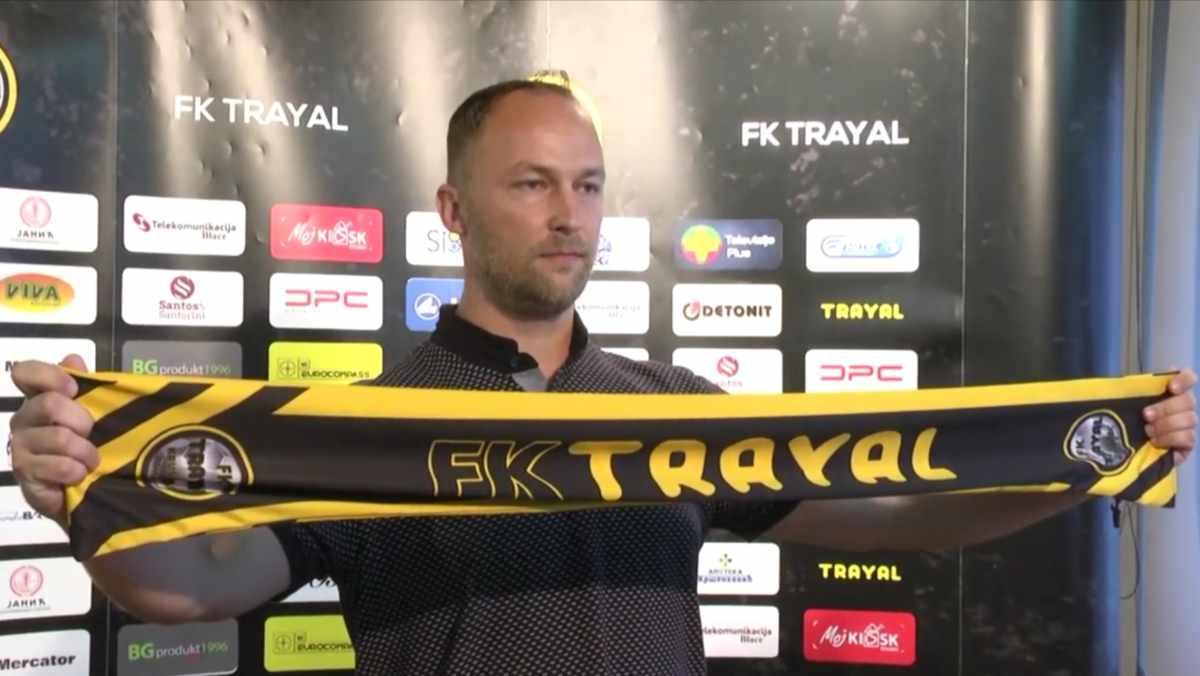 FK TRAYAL PROMOVISAO NOVOG TRENERA /video