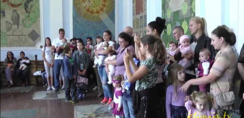"""TRADICIONALNA NOVOGODIŠNJA AKCIJA """"TREĆE DETE"""""""